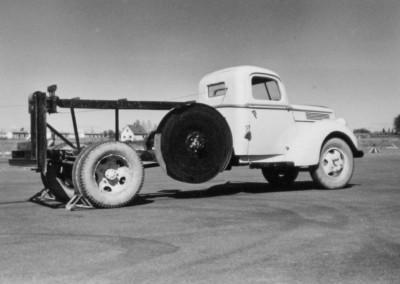 40 Vintturi 1958 1967 V 40 Ford 1940 aluksi moott 95hv V8 my h moott 130hv V8 keltainen